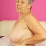 Mature women next door wants to share her fantasies
