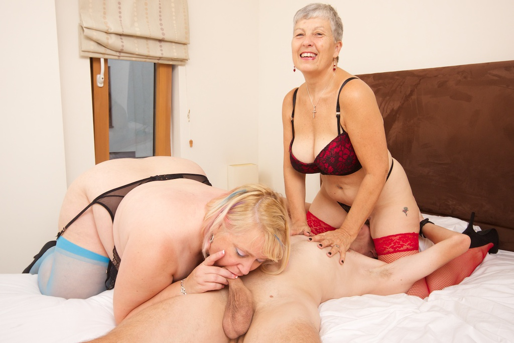 english grannies threesome